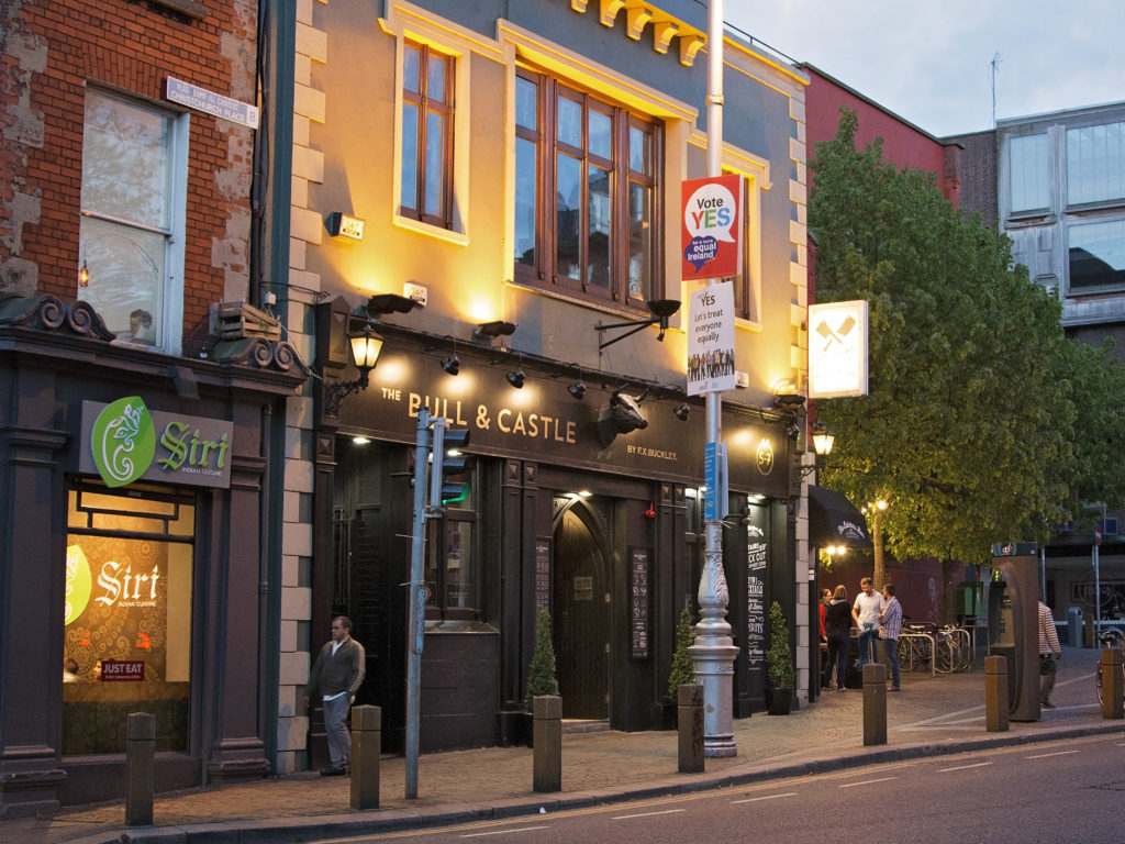 pub in Dublin is one of the reasons millennials should move to Ireland