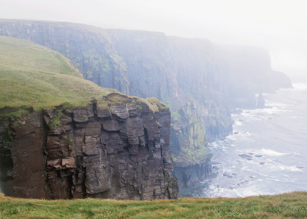 Cliffs of Moher are a reason millennials should move to Ireland
