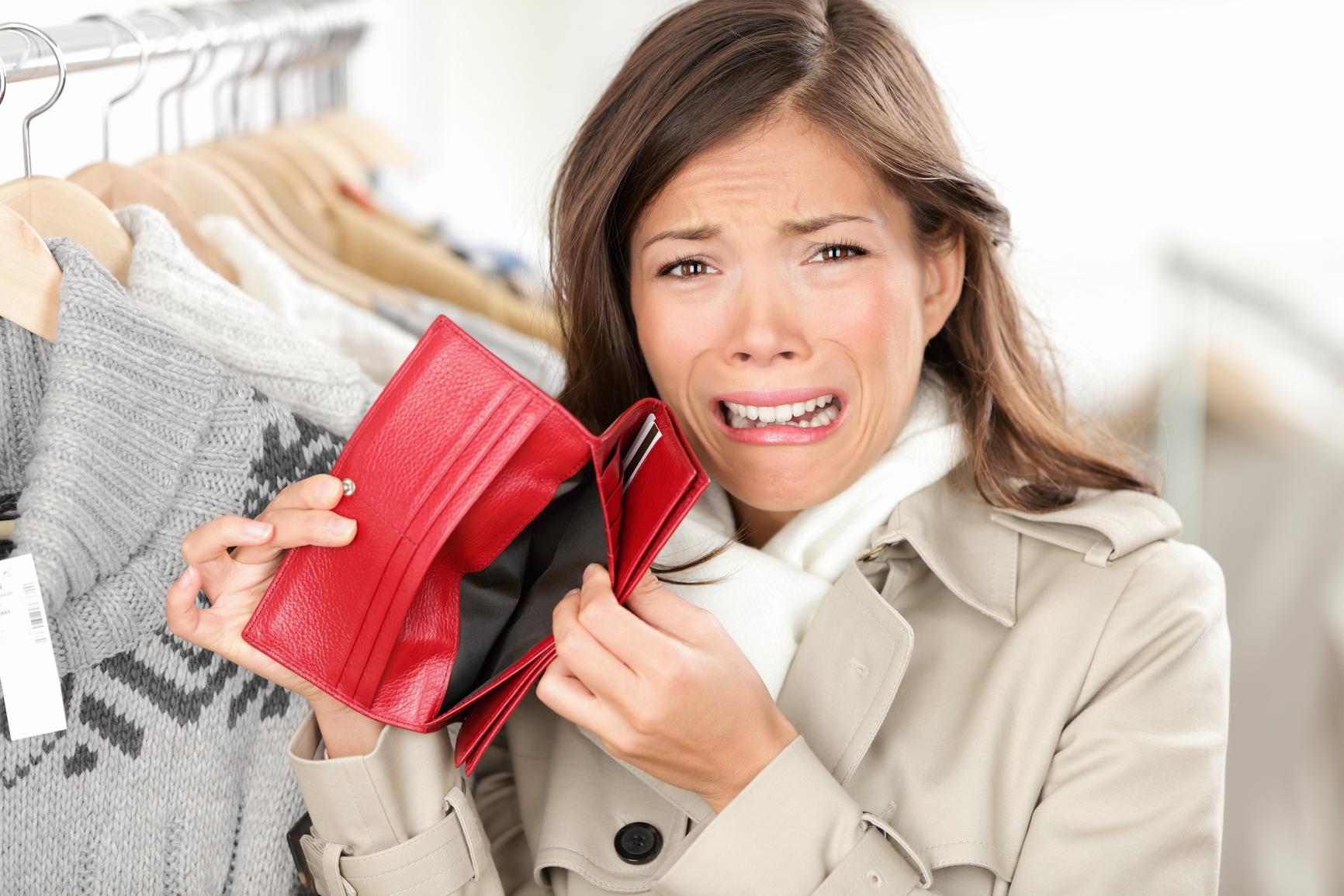 A Girl Has No Money: Saving Money for Travel [Part 1] -